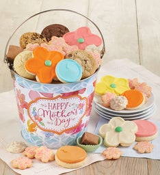 Happy Mothers Day Sweets and Treats Gift Pail