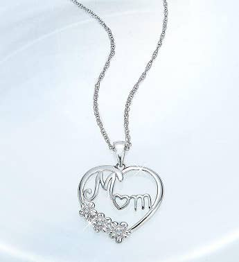 Diamond 'Mom' Heart Pendant Necklace