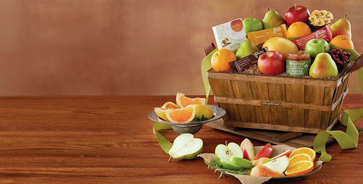 ORGANIC GOODNESS. Discover an array of delicious organic options for your favorite fruit and gourmet snacks. SHOP ALL