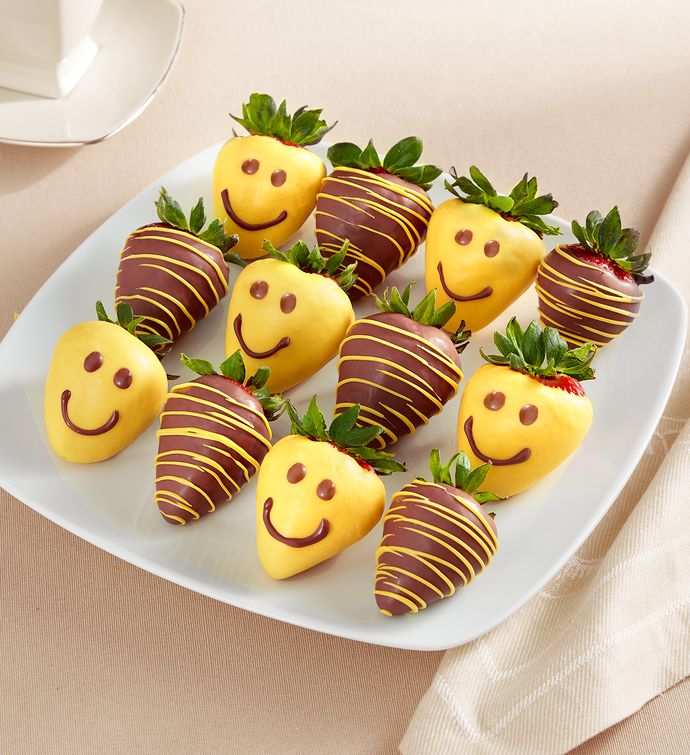 Strawberry Smiles Dipped Strawberries   Count
