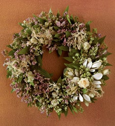 Oregano White Rose Wreath