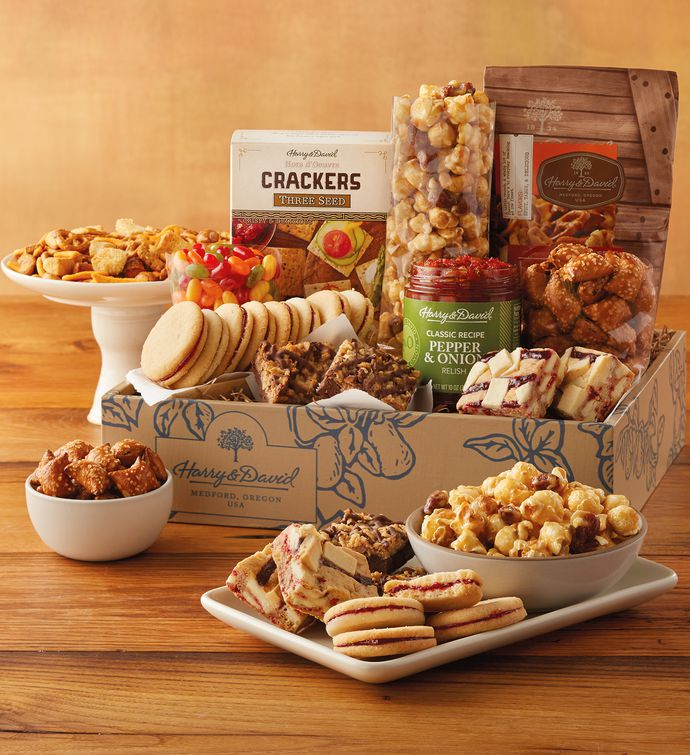 Deluxe Sweet and Salty Gift Box | Gourmet Food Gifts | Harry & David