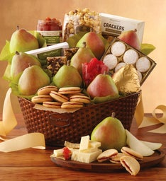 Summer Deluxe Favorites Gift Basket