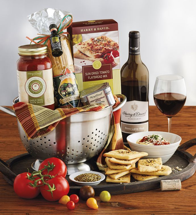 Cucina ditalia colander gift with wine italian gift baskets pasta gift basket with wine negle Image collections