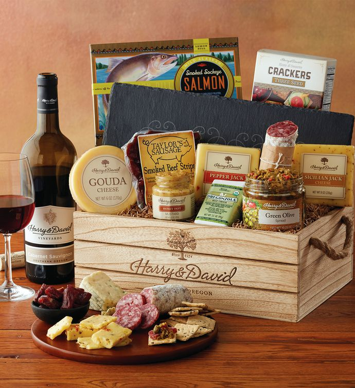 Artisan Meat and Cheese Gift with Wine snipeImage : cheese plate gift set - pezcame.com