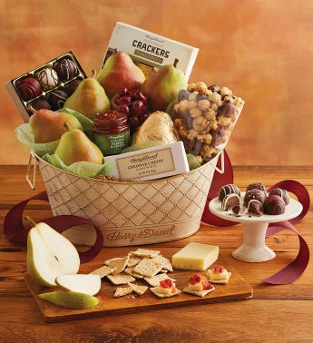 Online gift baskets fruit and food gifts wine clubs harry david classic favorites gift basket negle Choice Image