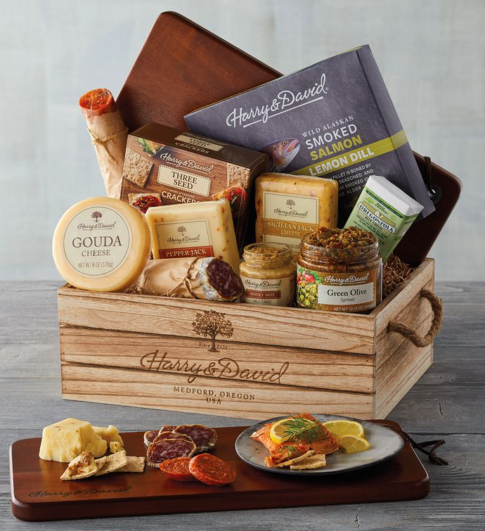 Christmas gift baskets meats and cheeses