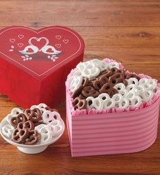 Valentine's Day Pretzel Box