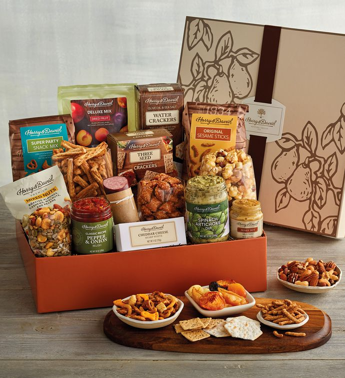 Deluxe Party Snack Box