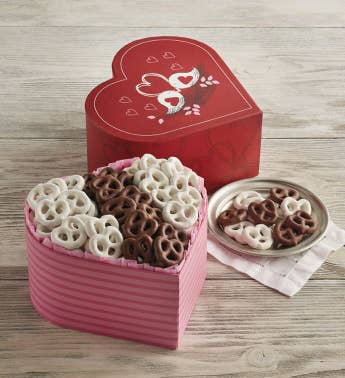 Valentine39s Day Pretzel Box