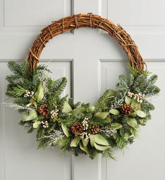 Modern Winter Wreath