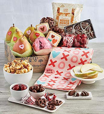 Grand Valentine's Day Gift Box