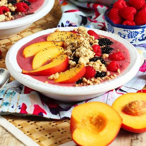 Berry Peach Smoothie Bowl Recipe
