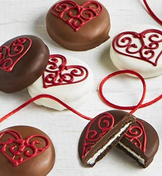 The Sweet Shop 6pc Love Hearts OREO cookies