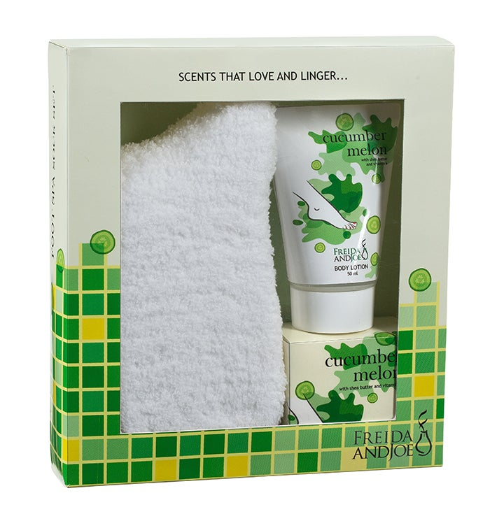Cucumber Melon Spa Bath And Body Gift Set With Cozy Socks